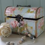Vintage floral rose trinket box