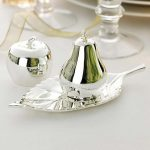 Shiny apple and pear cruet set