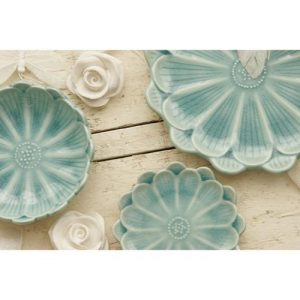 Turquoise lotus flower dishes