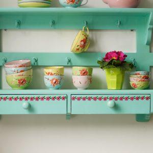 Oriental design bowls