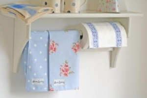 handmade-kitchen-roll-shelf