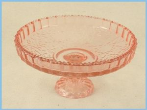 small-pink-cake-stand