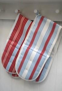Alison Capeling kitchen textiles