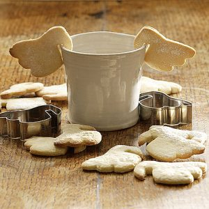 Clever angel wing shaped biscuit cutter