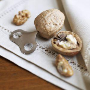 Walnut nut cracker key