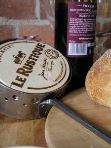 Camembert cheese baking roaster
