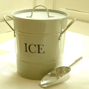 Ice bucket for parties