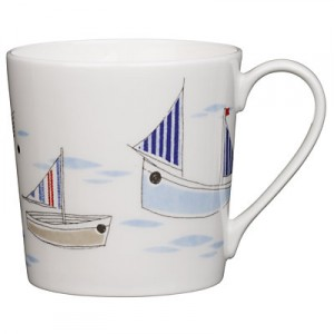 Beach boats china mug