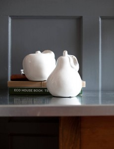Pear accessories for a cosy home