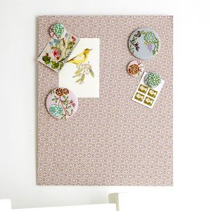 Fabric floral magnetic memo board
