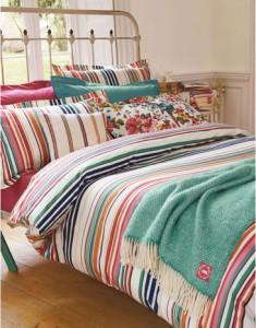 Coastal theme bedroom ideas