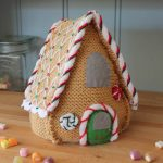 Knit your own gingerbread house Christmas decoration