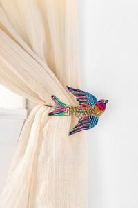 Decorative bird curtain tie back