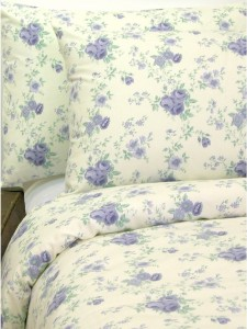 Vintage shabby chic bedding ideas for a cosy home