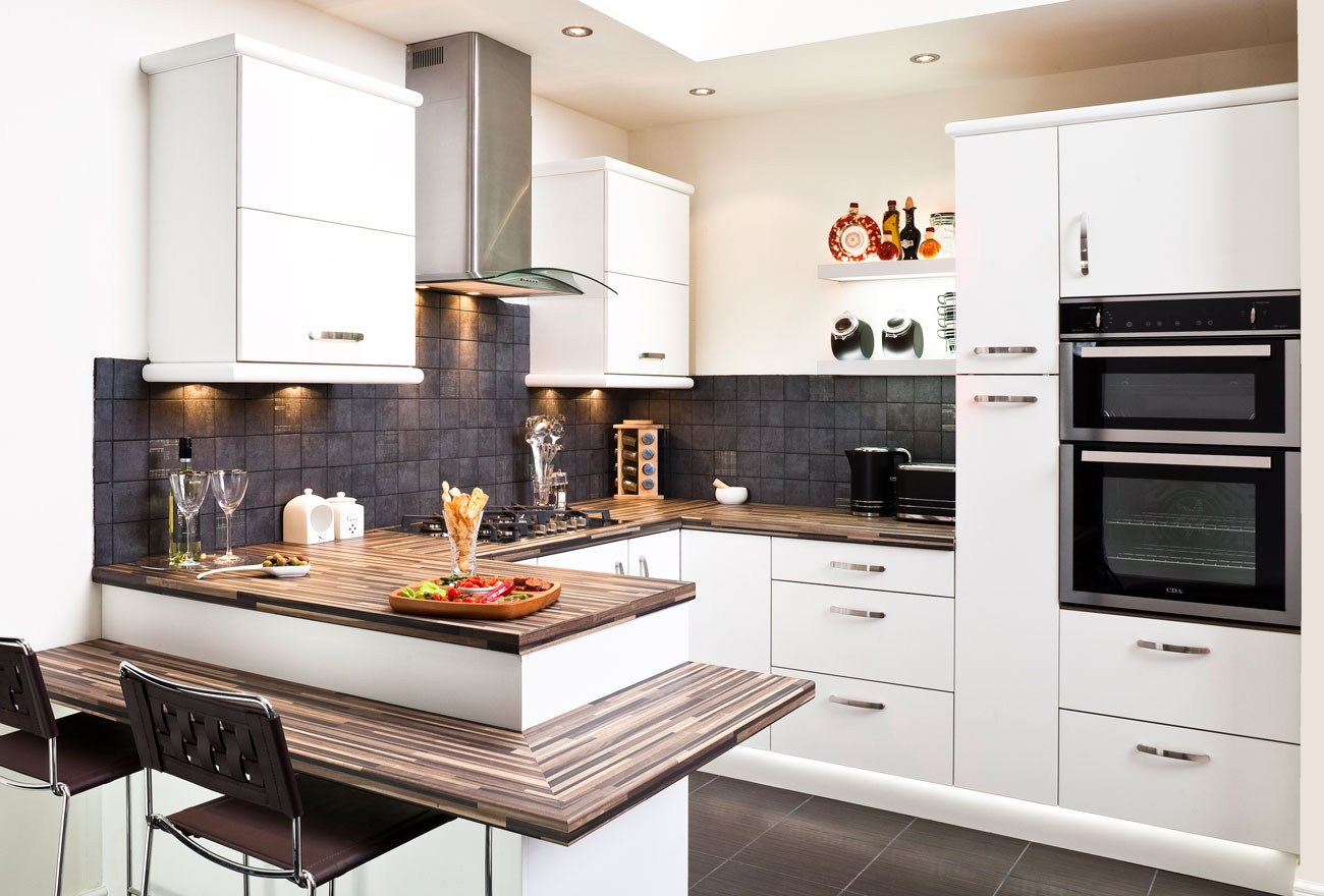 Perfect White Cosy Home Fitted Kitchen Design Ideas ...