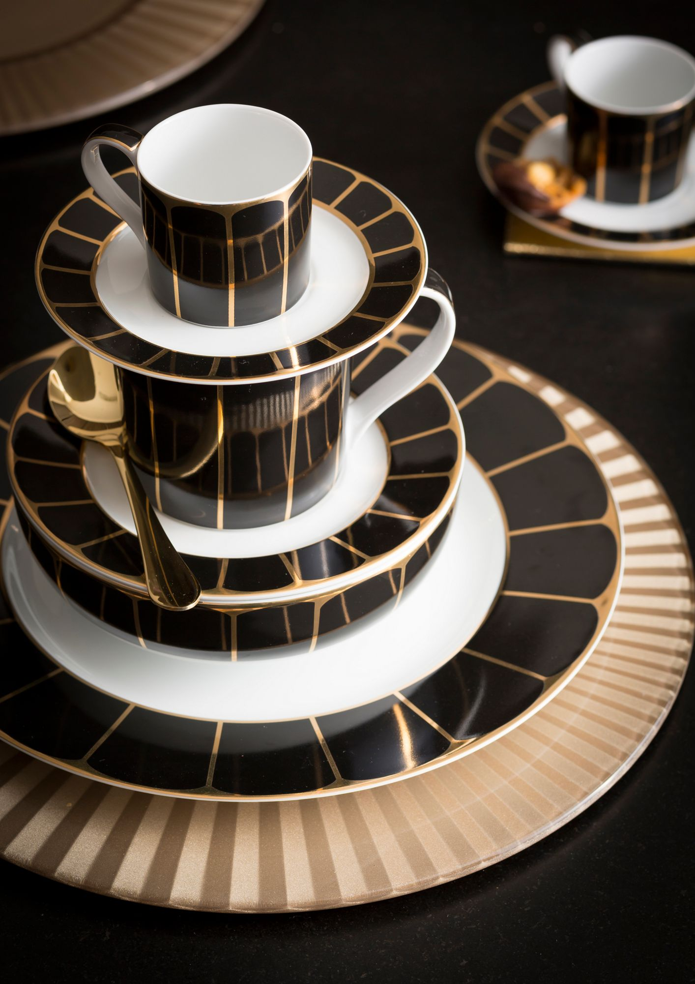 Bold And Beautiful Dinner Sets Furniture From House