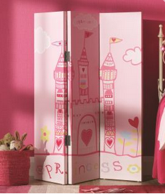 Fit for royalty: 10 accessories for a child's princess bedroom