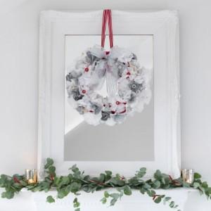 Christmas wreath mantelpiece decoration