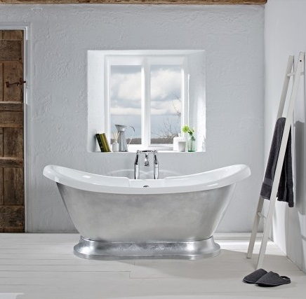 Bathing beauties: 10 gorgeous baths to update your bathroom