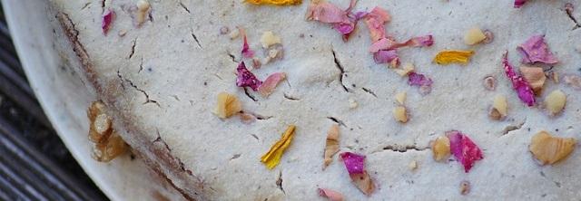 Garden grub – how to use edible flowers