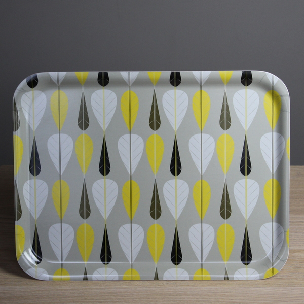 Contemporary leaf design tray