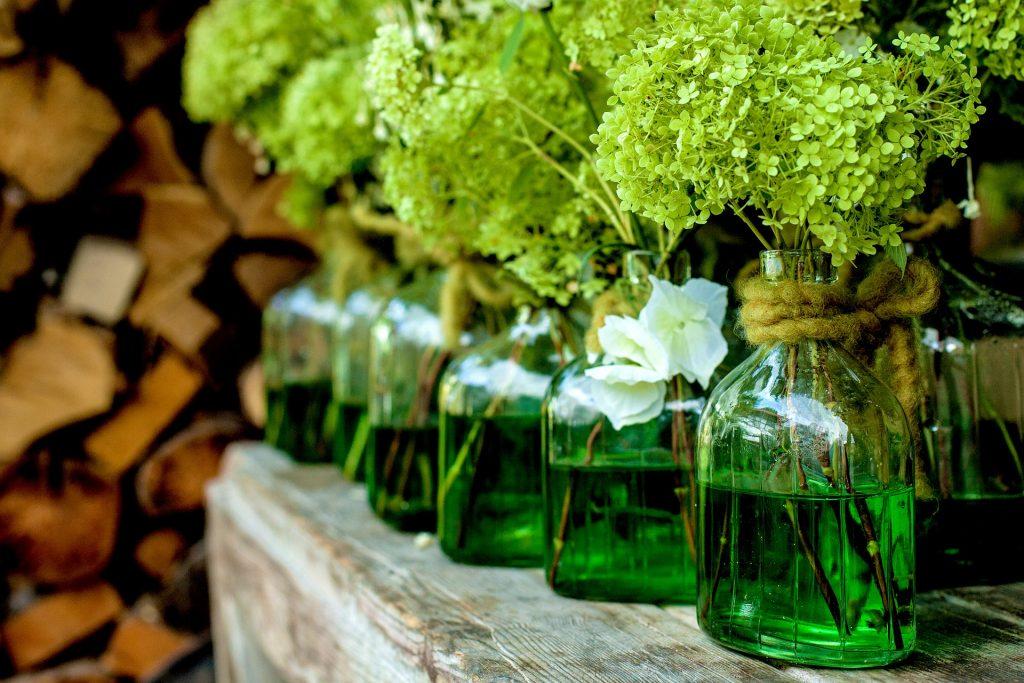 Ten green bottles: decorative glass bottles for your home