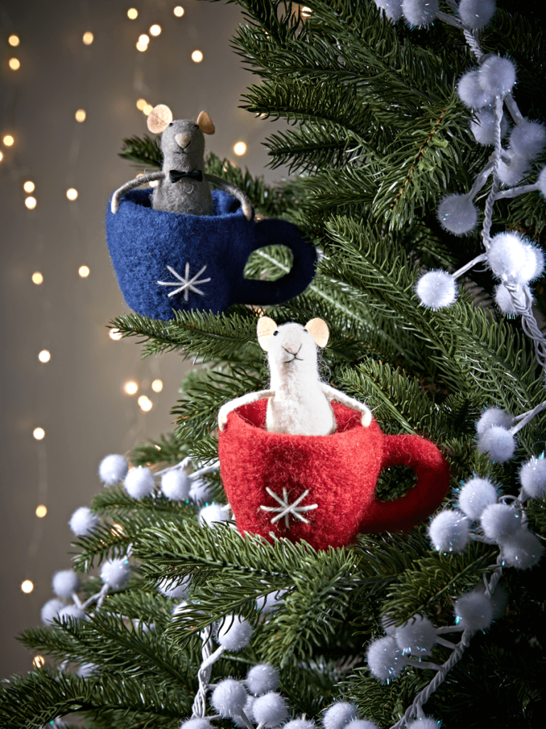 Aren't these teacup mice felt xmas decorations cute
