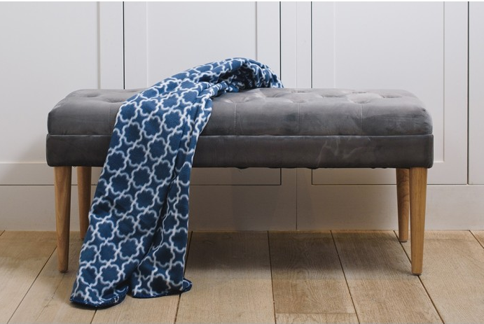 Gorgeous upholstered window seat that's a surprisingly budget friendly option