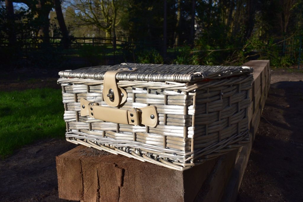A lovely vintage style wicker picnic hamper for two from the Wonderful Garden Company