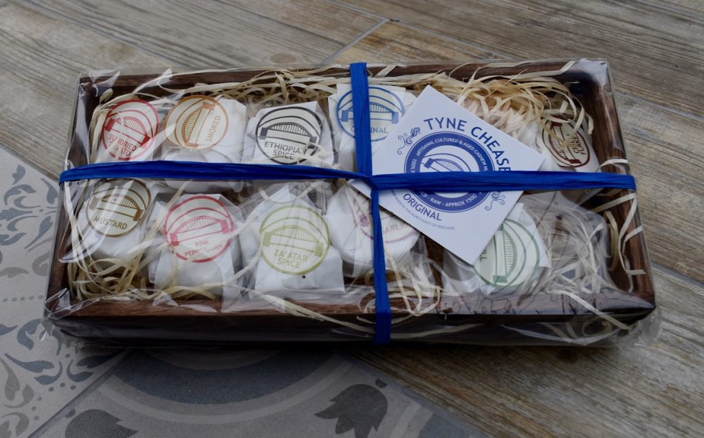 Vegab gifts idea: vegan cheese hamper from Yumbles