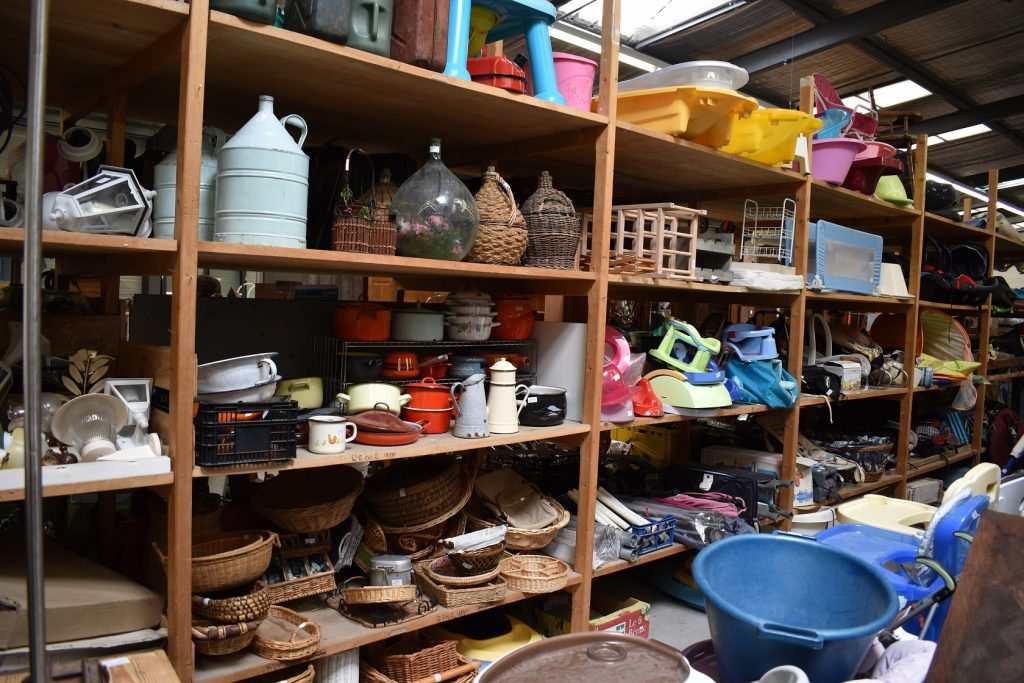 A day at the TROC: finds from a French depot-vente