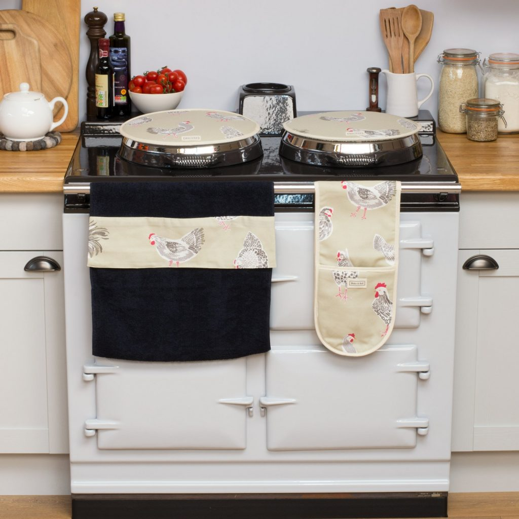 A range cooker is a perfect kitchen centrepiece for a traditional country kitchen