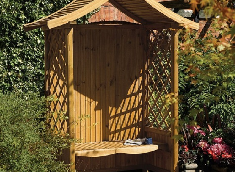 How to add a garden arbour to your outside space