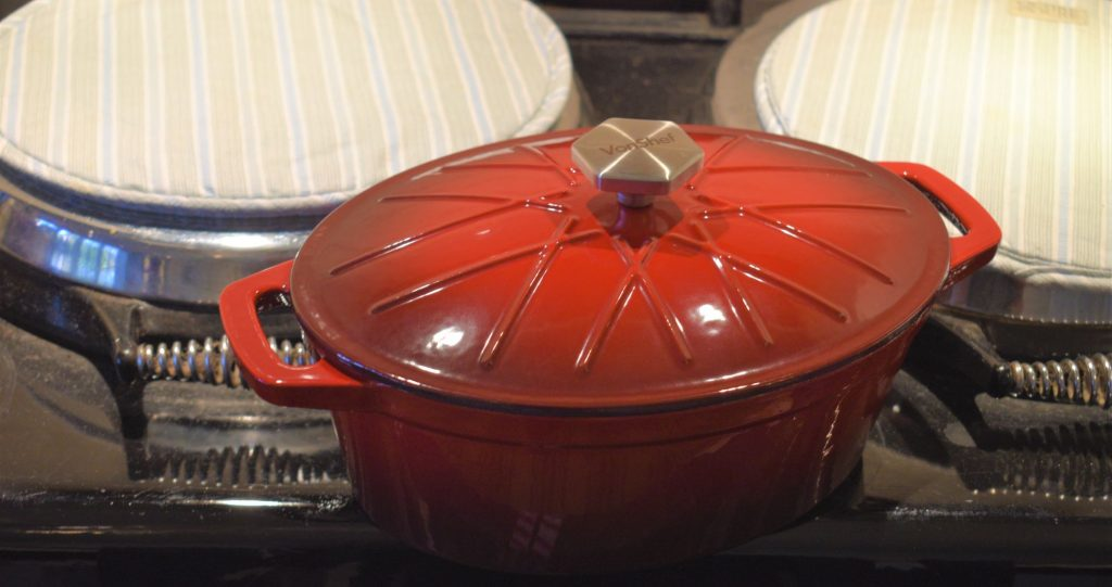 Von Shef cast iron roaster cookware - perfect to use on an aga