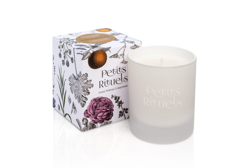 Burn a Fleur Boisée scented candle to aid relaxation and help you love your home
