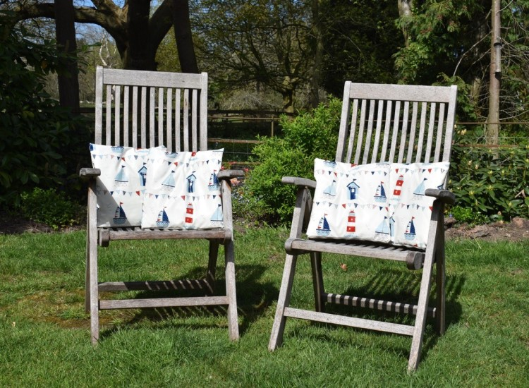 Easy craft sewing projects – garden cushions