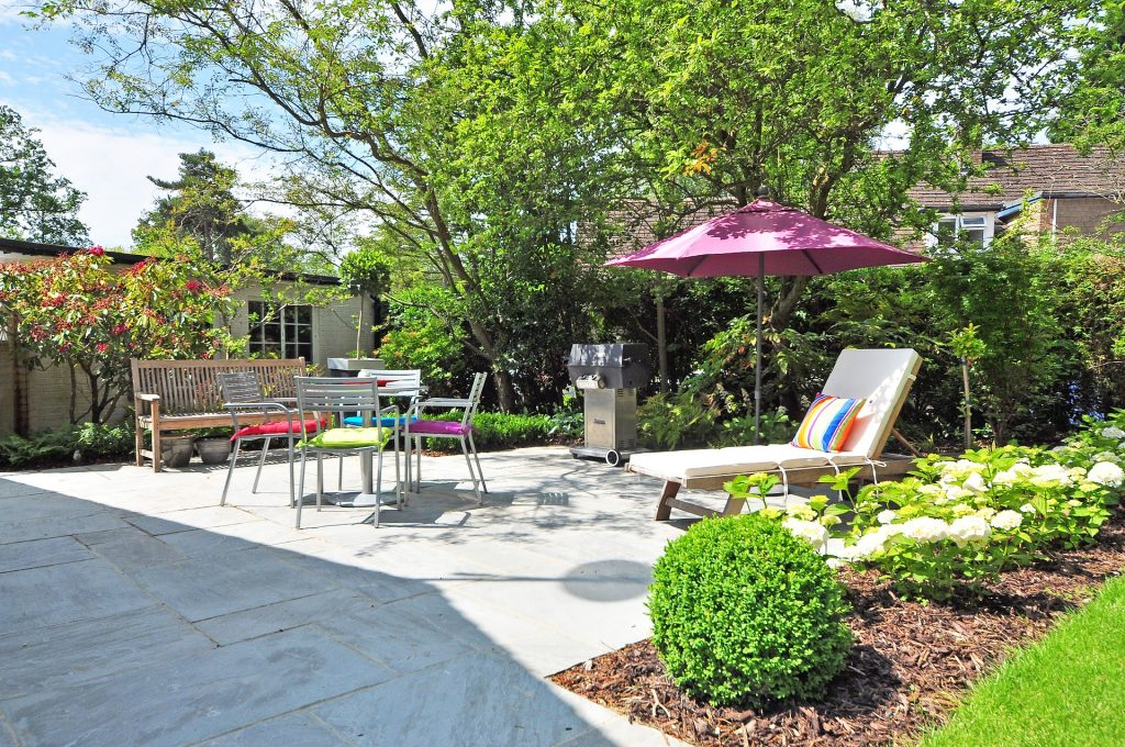 How to Transform Your Garden into a Family-Friendly Outdoor Space